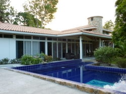 Stunning Estate with guesthouse fully furnished and swimming pool near the beach in Coronado