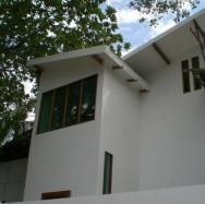 Large Modern Family Home, Best Location in Albrook