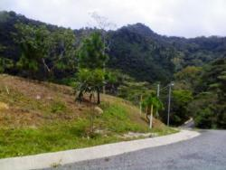 REDUCED! Nice lot in Altos de Maria