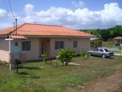 bonita, grande y nueva casa en Nuevo Chorillo