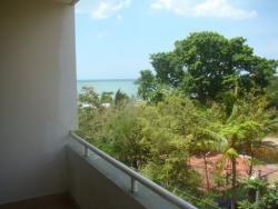 Condominio con vistas al oceano