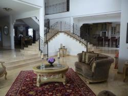 REDUCED!! Beautiful mansion in Las Cumbres