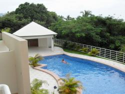 3 bedroom 2 bathroom Condo available for Rent in the Gorgona Ocean Front Building