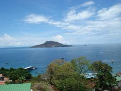 3 bedroom fixer upper with great ocean views on the Island of Taboga