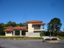 Single Family home in Boquete Country Club