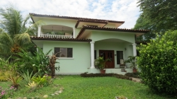 Villa in Istana Gated Community with 4 bedrooms and 4 bathrooms – very attractively priced