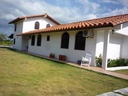 Beautiful Villa for Rent in Coronado