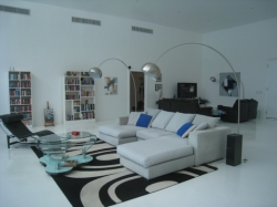 REDUCED!  Sleek open new house completely furnished and with pool in Coronado