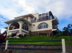 Beautiful Furnished Home - Quiet Location - Amazing Views