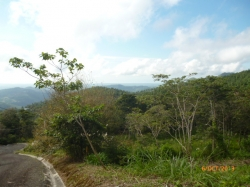 Excellent price and financing available! Lot with superb view in Altos del Maria
