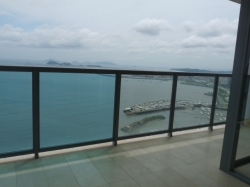 1 & 2 bedroom units in Arts of Yoo Tower of Avenida Balboa