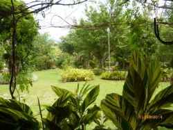 Family house in beautiful garden in El Valle de Antón