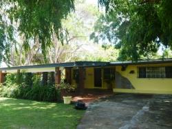 Casa Acacias
