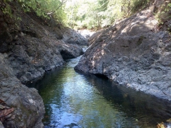 5 hectares with river, cascades, swimming holes, power, water, good access,  14 miles from Playa venao