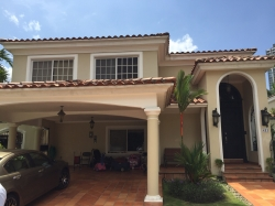 Remodeled home in Costa del Este