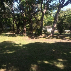 Large titled property inside St. Clara, close to the beach