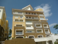 2 Bedroom apartment for sale within Eagles Landing of the Tucan Country Club