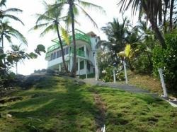 $225000 / 2br - 620m2 - Caribbean Island Home (Isla Grande