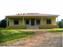 Nice country  home with acreage  in Penonome