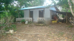 2 acre fruit farm with adobe cabin, foothills of Canajagua mountain, Azuero Peninsula