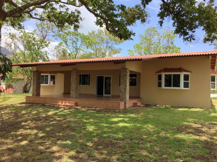 el valle single women A single nurse attends to the needs of both mom and baby rooms in the women  & infants pavilion include extra sleeping accommodations, which allows the.