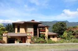 Profitable Boutique hotel / B&B in Boquete