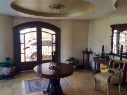 Mansion fit for a dignitary for rent in Panama City