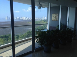 Exclusive Ocean View Apartment in Costa del Este