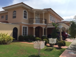 3 bedroom home for rent in gated community of Costa Bay of Costa del Este