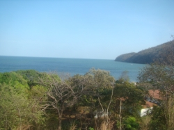 PROPERTY WITH EXCELLENTE OCEAN VIEW