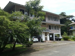 Large single house or multi apts for sale in Gamboa