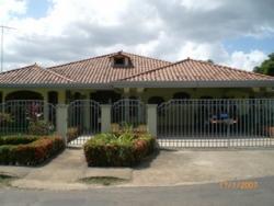 Beautiful Two Story Home in Chorrera